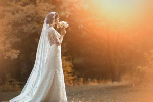 The Pros and Cons of Hosting a Fall Wedding