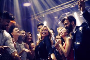 here's how you can gain more confidence on the dancefloor