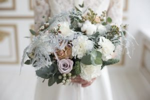 Creating Your Winter Wedding Bouquet