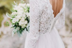 8 Popular Styles of Wedding Dresses
